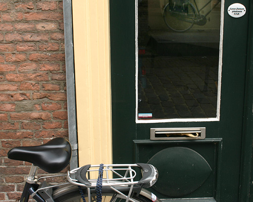Geen fietsen plaatsen s.v.p.