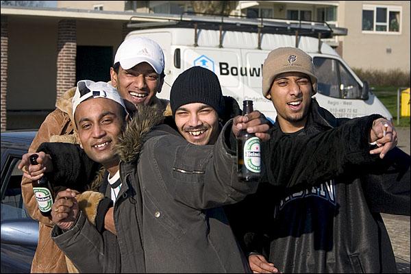 Homeboys op de Maasboulevard in Schiedam