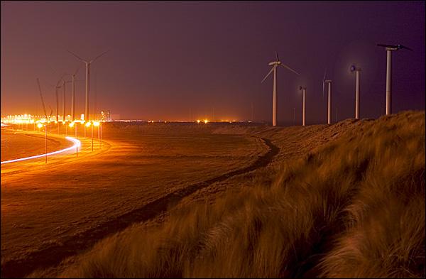 Maasvlakte bij nacht