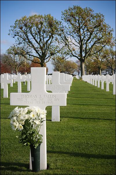 Graf op Amerikaanse begraafplaats Margraten