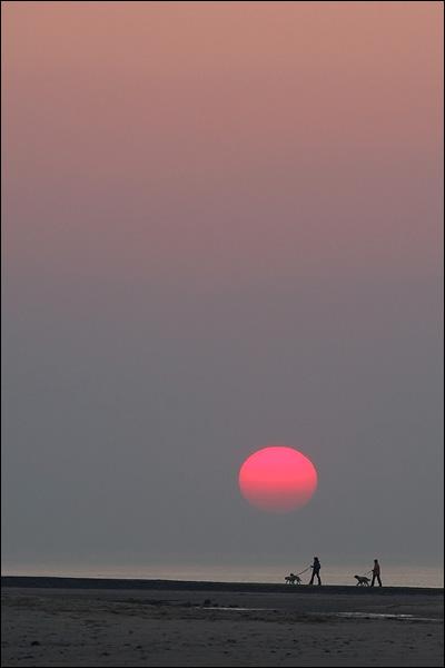 Zonsondergang op het strand van Nieuwvliet-Bad (Zeeland)
