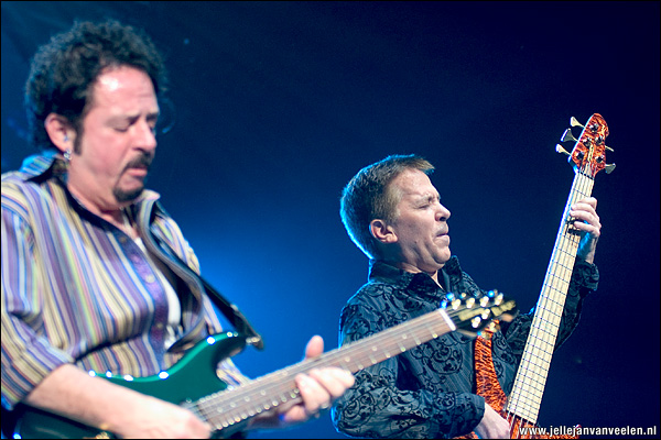 Toto - Steve Lukather en Mike Porcaro - Falling in Between tour, Ahoy Rotterdam